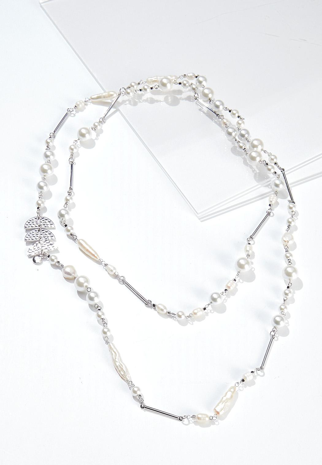 Layered Mixed Pearl Necklace
