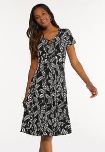 Plus Size Summer Leaf Seamed Dress
