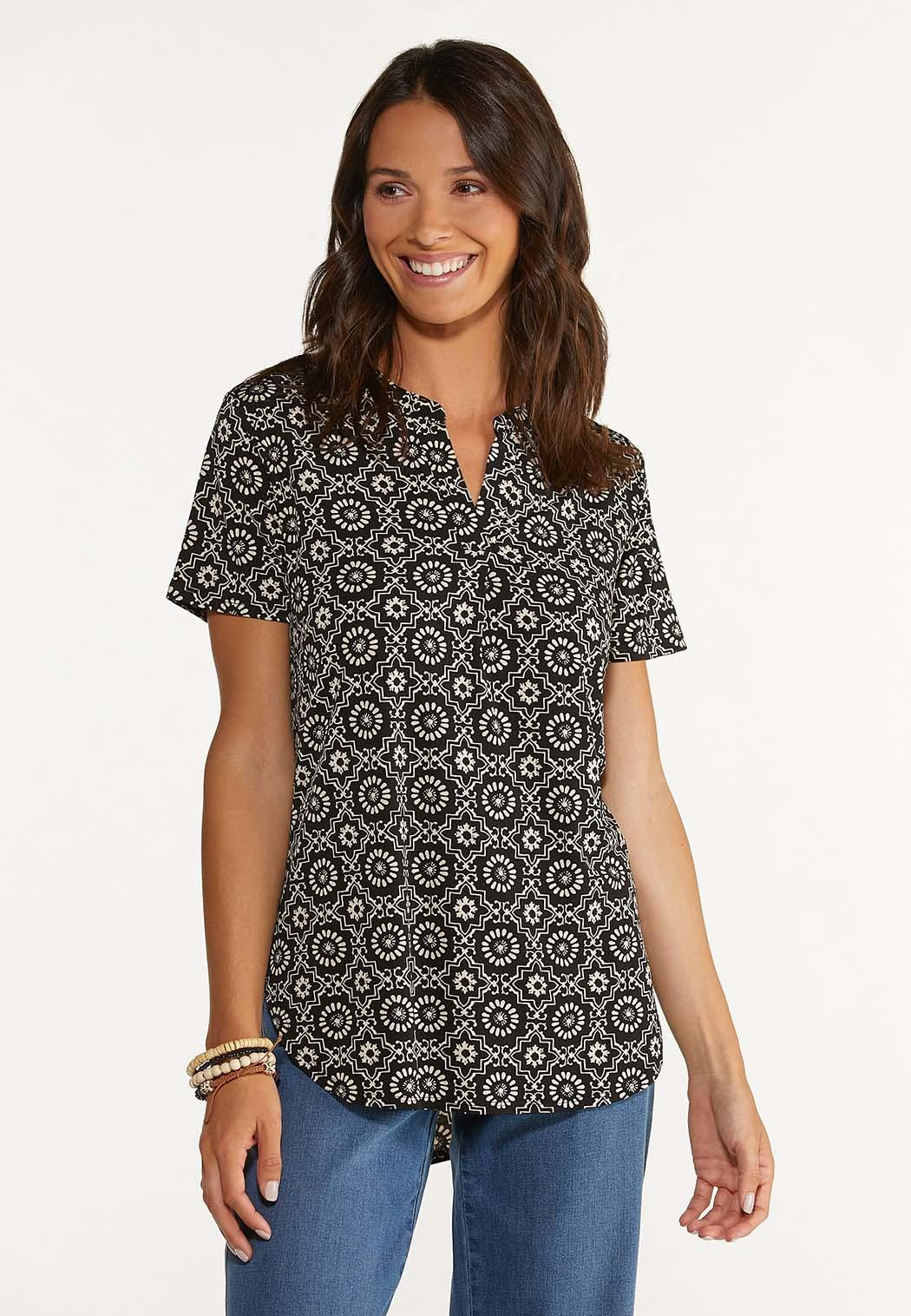 Medallion High-Low Top