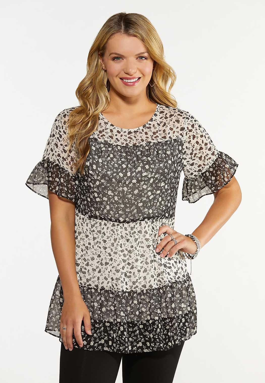 Plus Size Tiered Floral Top