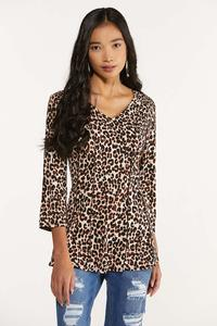 Plus Size Seamed Leopard Top
