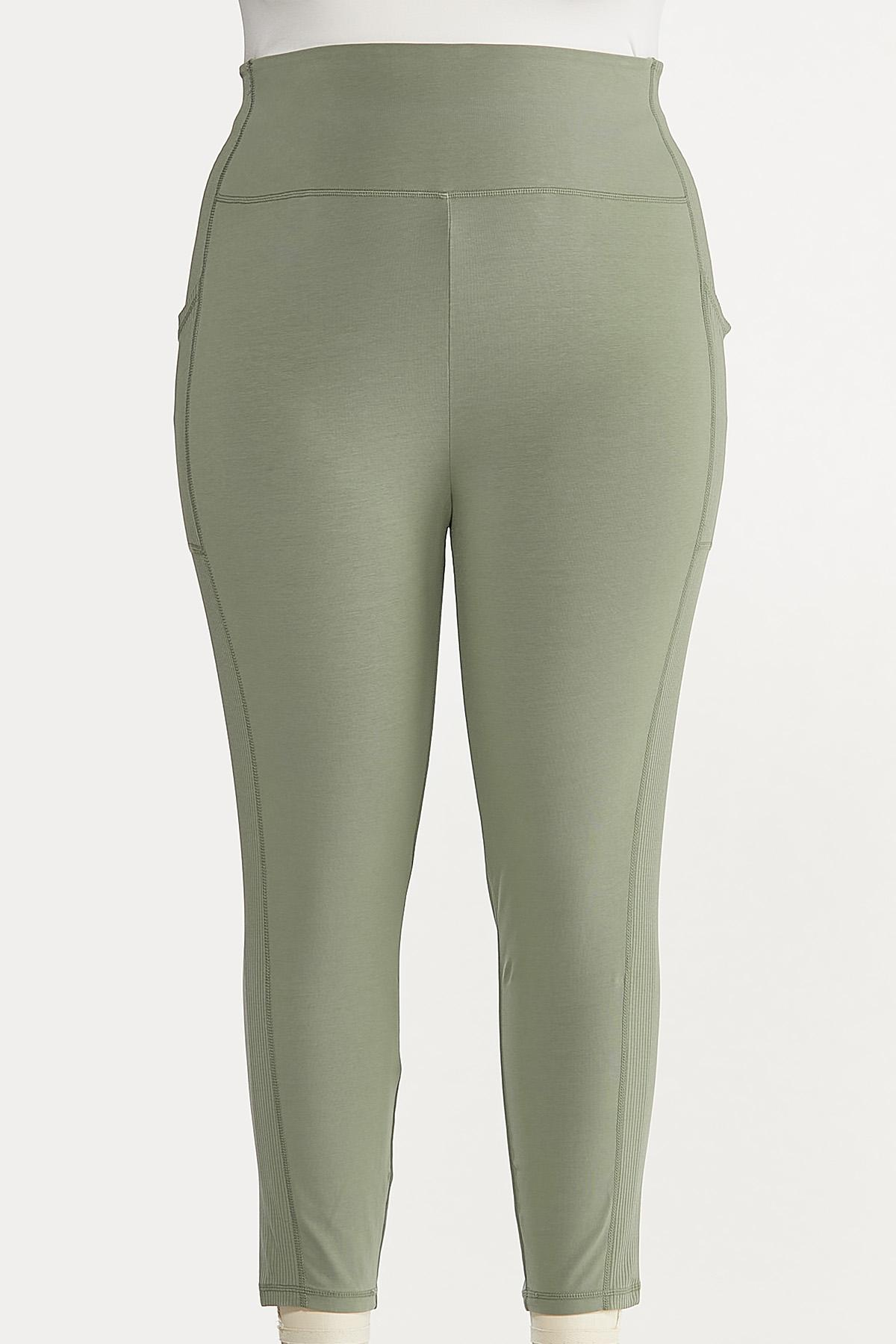 Plus Size Cropped Side Pocket Leggings
