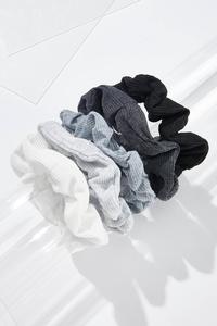 Gray Hues Scrunchie Set