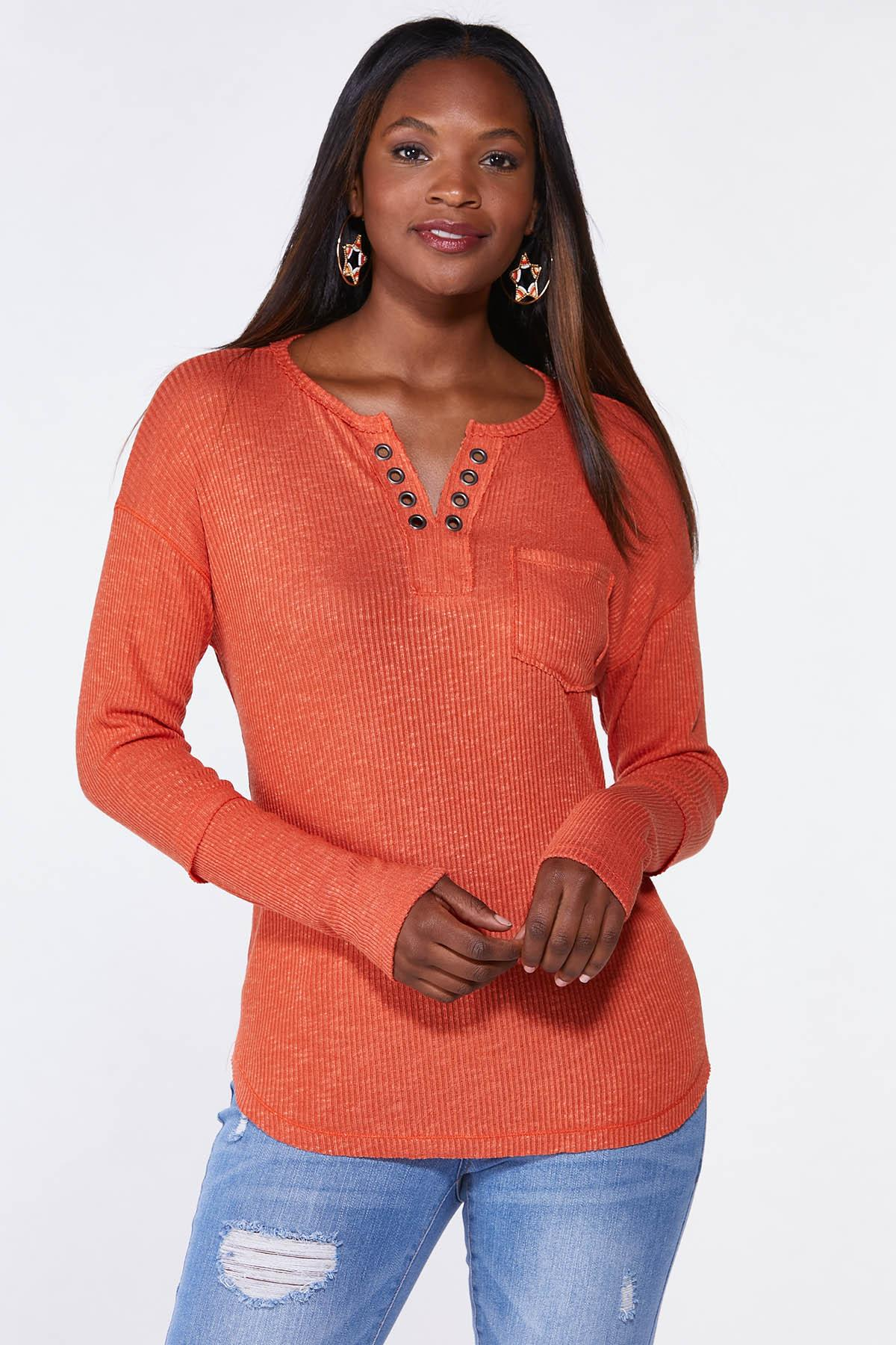 Plus Size Ribbed Grommet Top