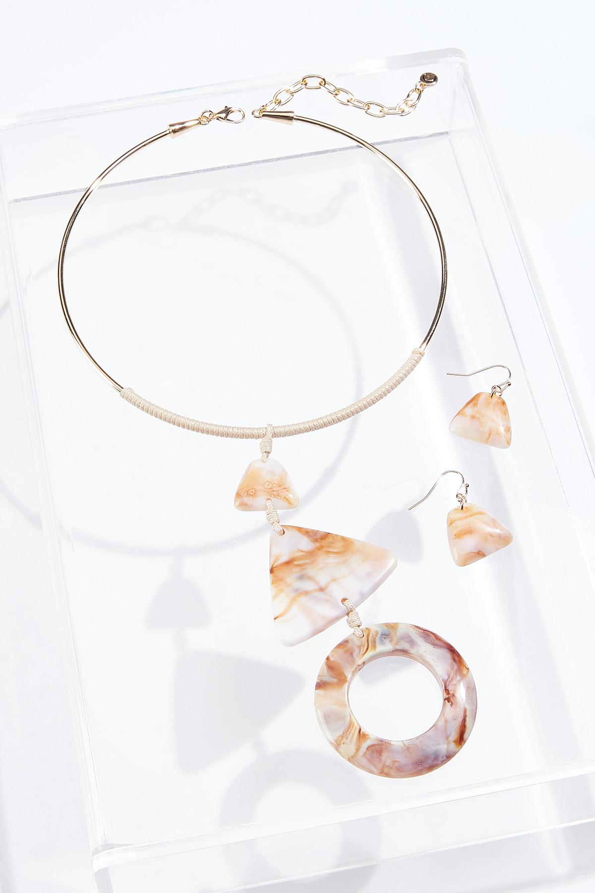 Natural Resin Wire Necklace