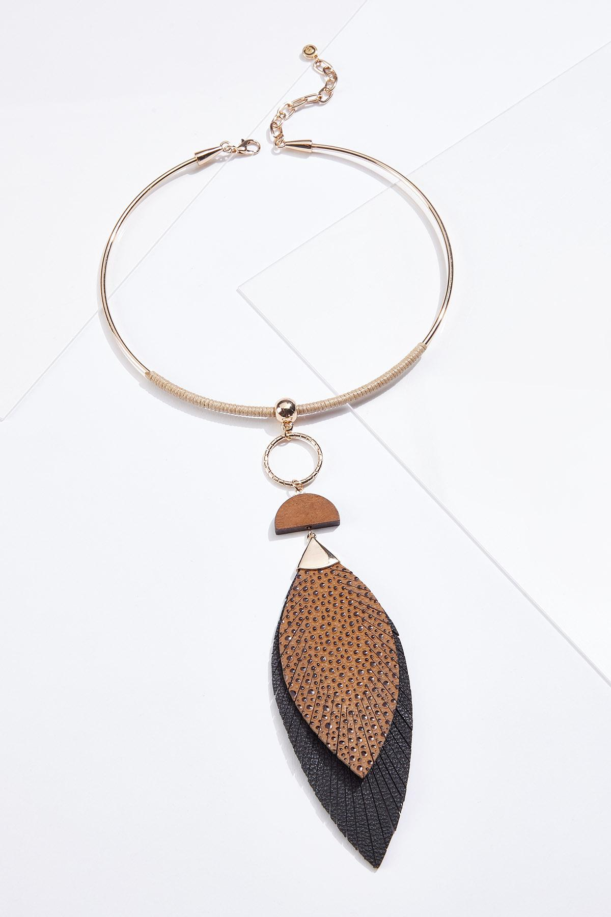 Pebbled Leaf Wire Necklace