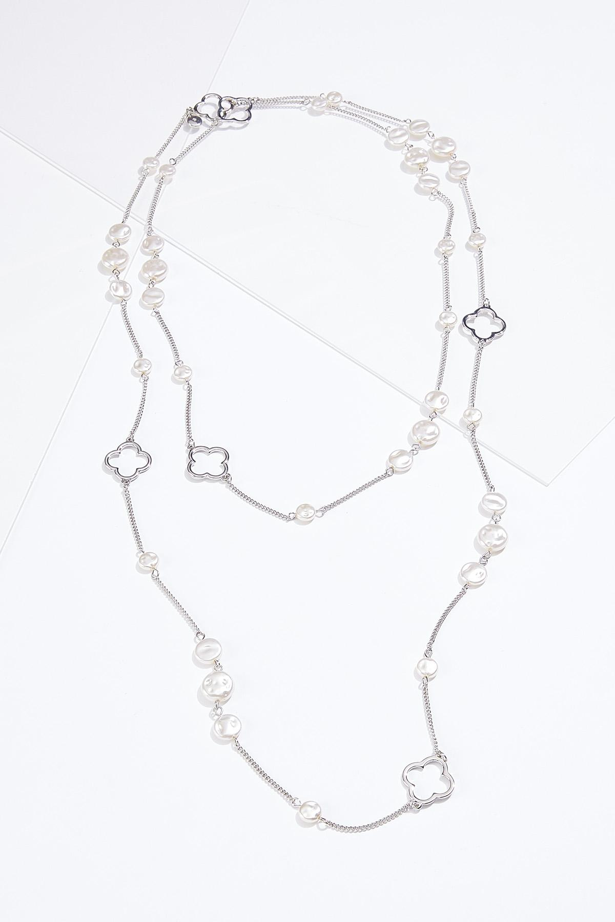 Layered Clover Pearl Necklace
