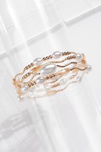 Wavy Gold Pearl Bracelet