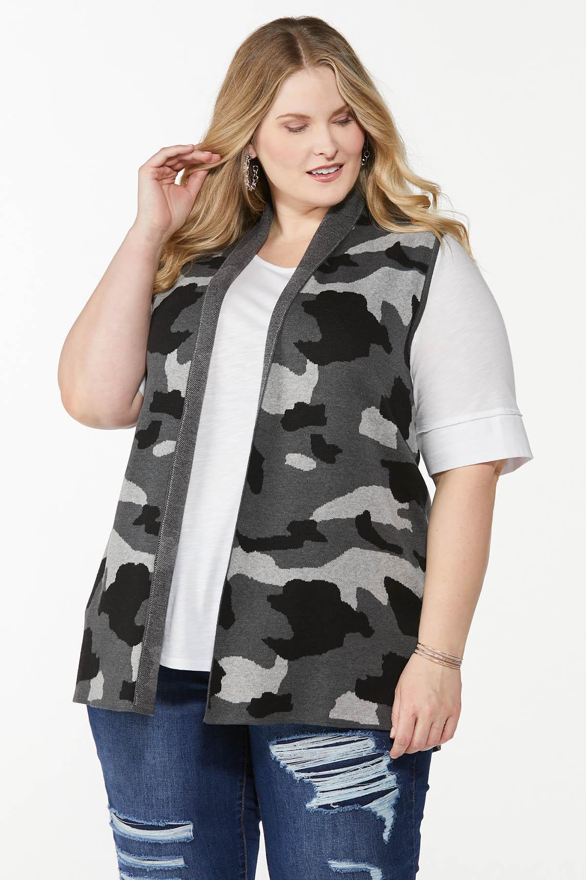 Plus Size Camo Sweater Vest