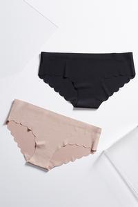 Scalloped Seamless Panty Set