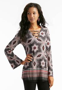 Kaleidoscope Lattice Neck Top-Plus