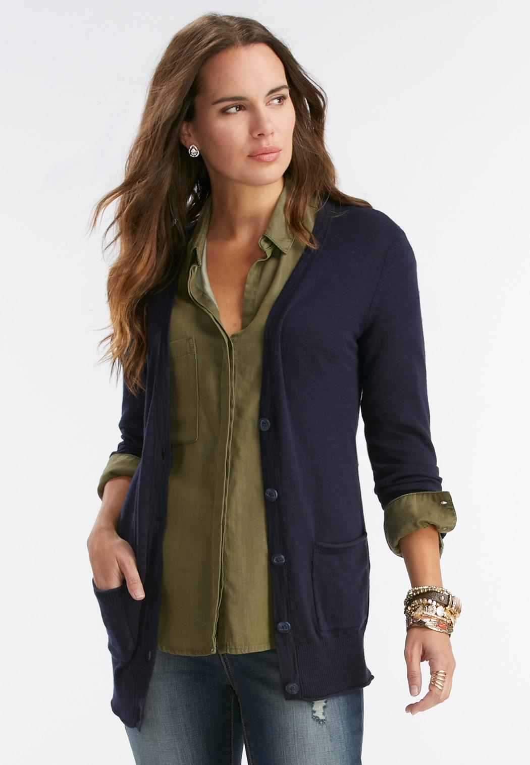 Dress up a pair of casual yoga pants with a long boyfriend cardigan made from silk-blend wool or cashmere. Wear a tank top or pullover tunic underneath, depending on the weather, as boyfriend cardigans make for excellent layering apparel when the temperatures drop.