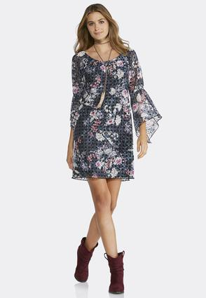Plus Size Lace Bell Sleeve Dress