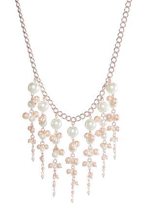 Pearl Fringe Bib Necklace | Tuggl