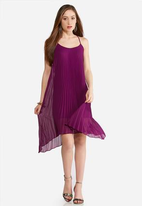 Plus Size Pleated Swing Dress | Tuggl