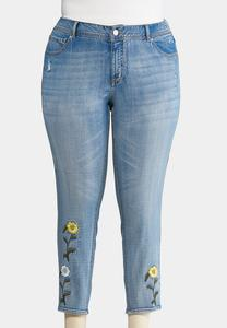 Plus Size Studded Floral Embroidered Jeans