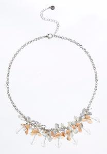 Shaky Flower Pearl Necklace