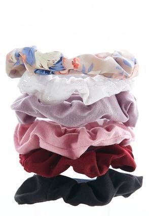 Floral Lace Scrunchie Set | Tuggl
