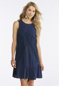 Plus Size Lace Embroidered Shift Dress