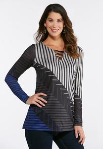 Plus Size Embellished Geo Lattice Top