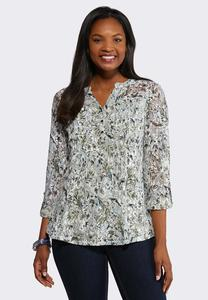 Plus Size Lacy Pullover Top