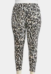 Plus Size Cropped Animal Print Leggings