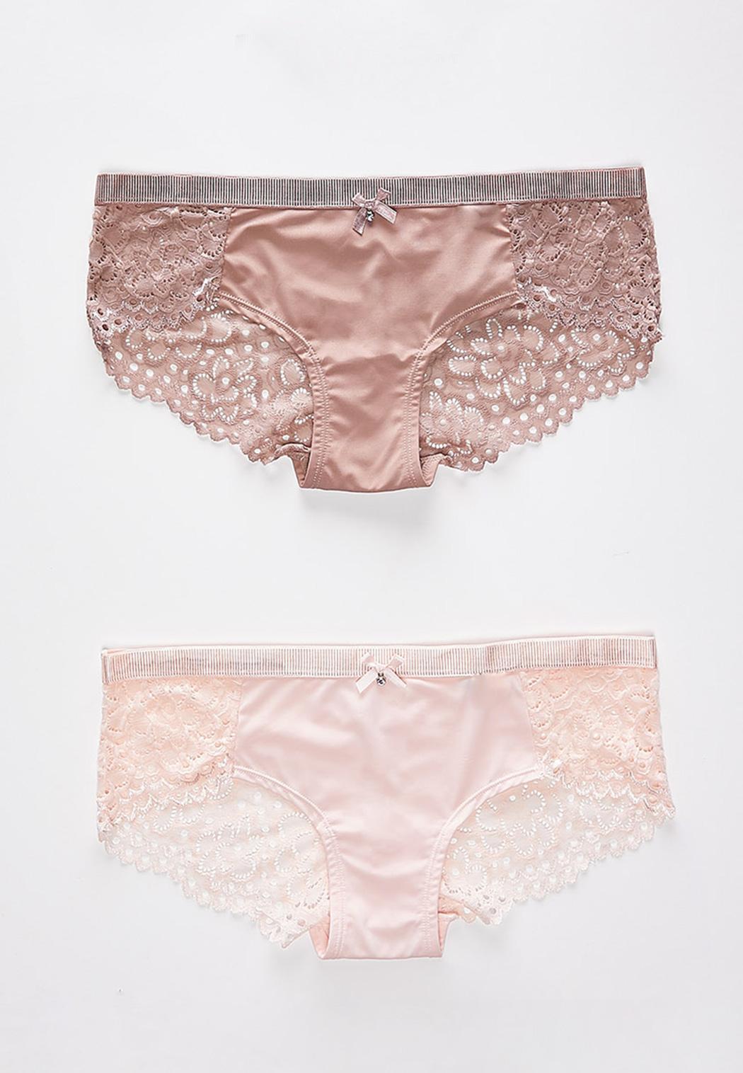 Plus Size Scalloped Lace Hipster Panty Set