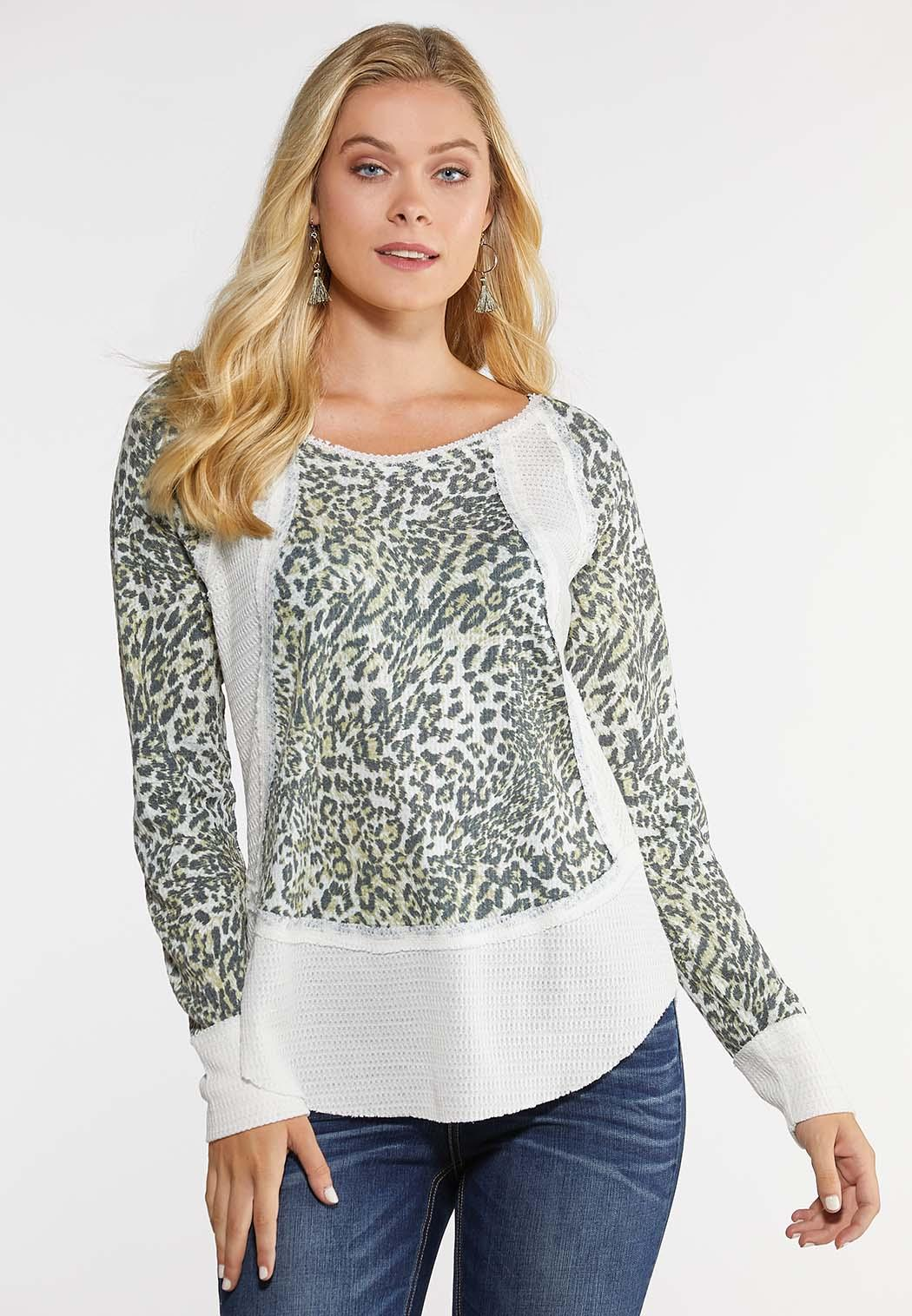 Plus Size Ivory Animal Thermal Top