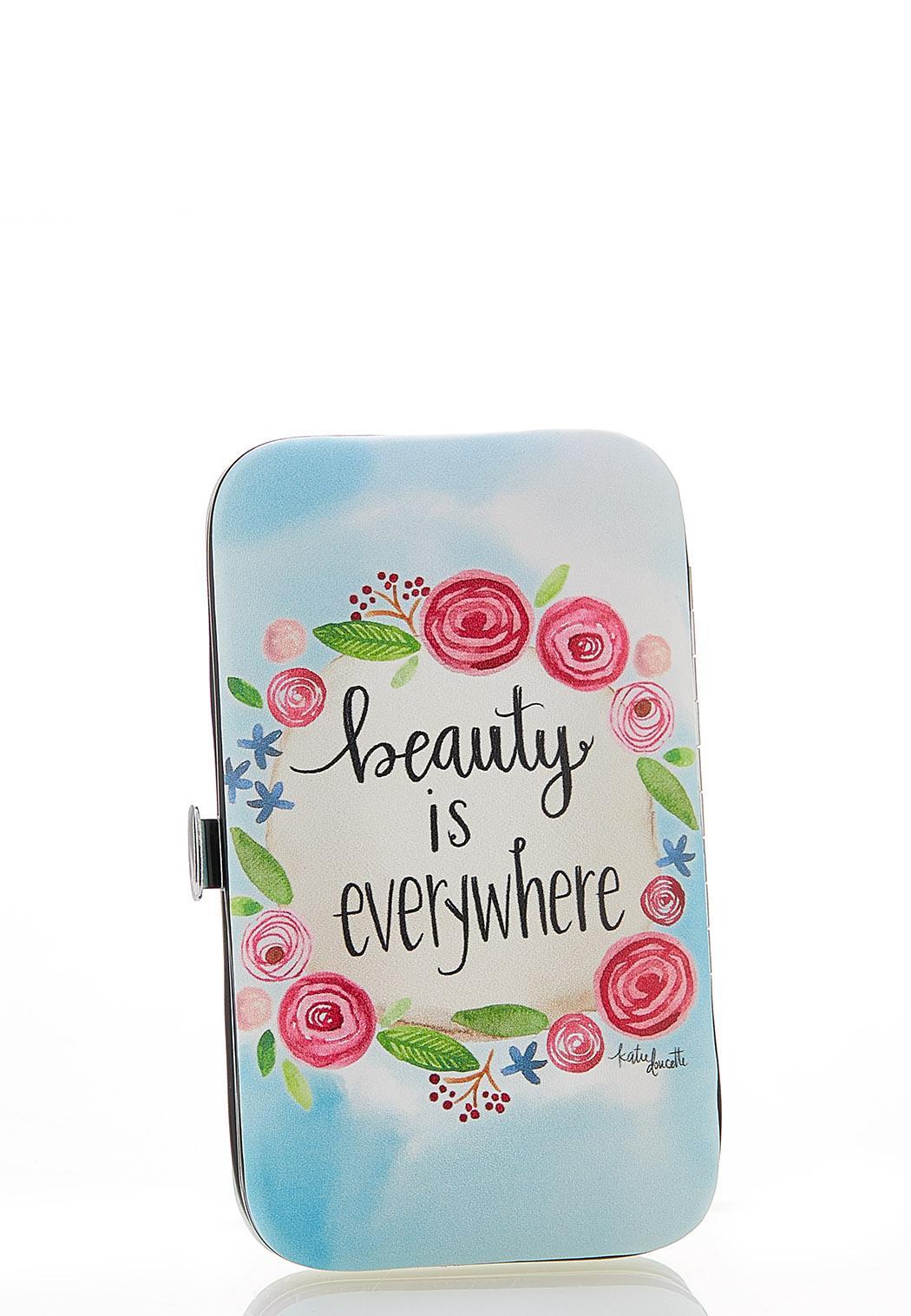 Beauty Is Everywhere Manicure Set