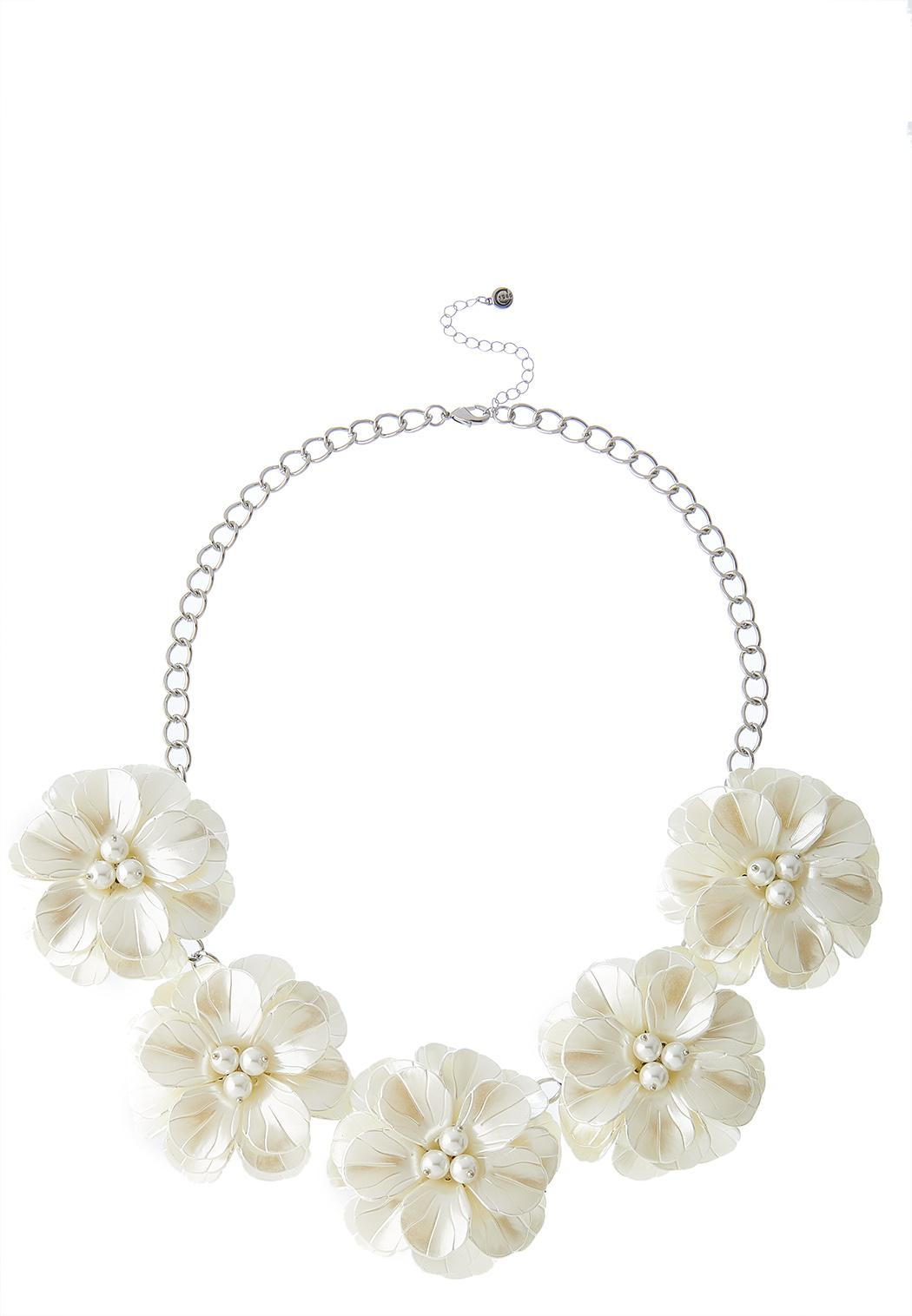 Ivory Petals And Pearls Necklace