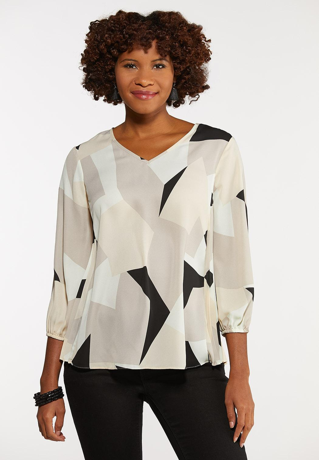 Plus Size Geo Pleated Pullover Top