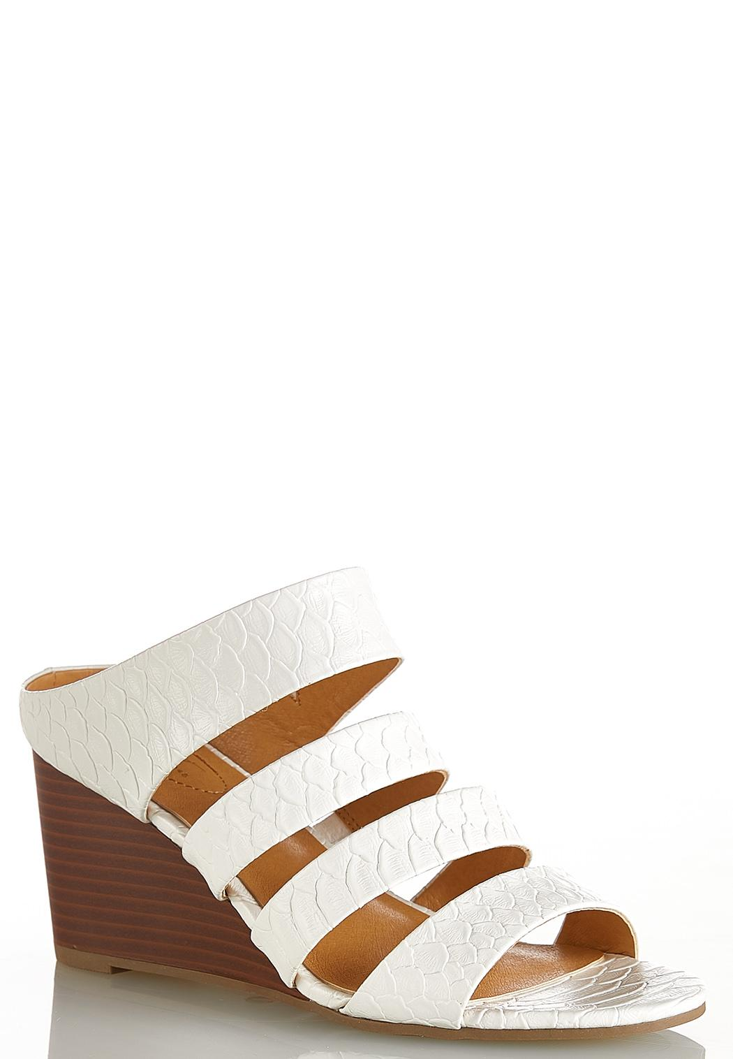 Textured Band White Wedges