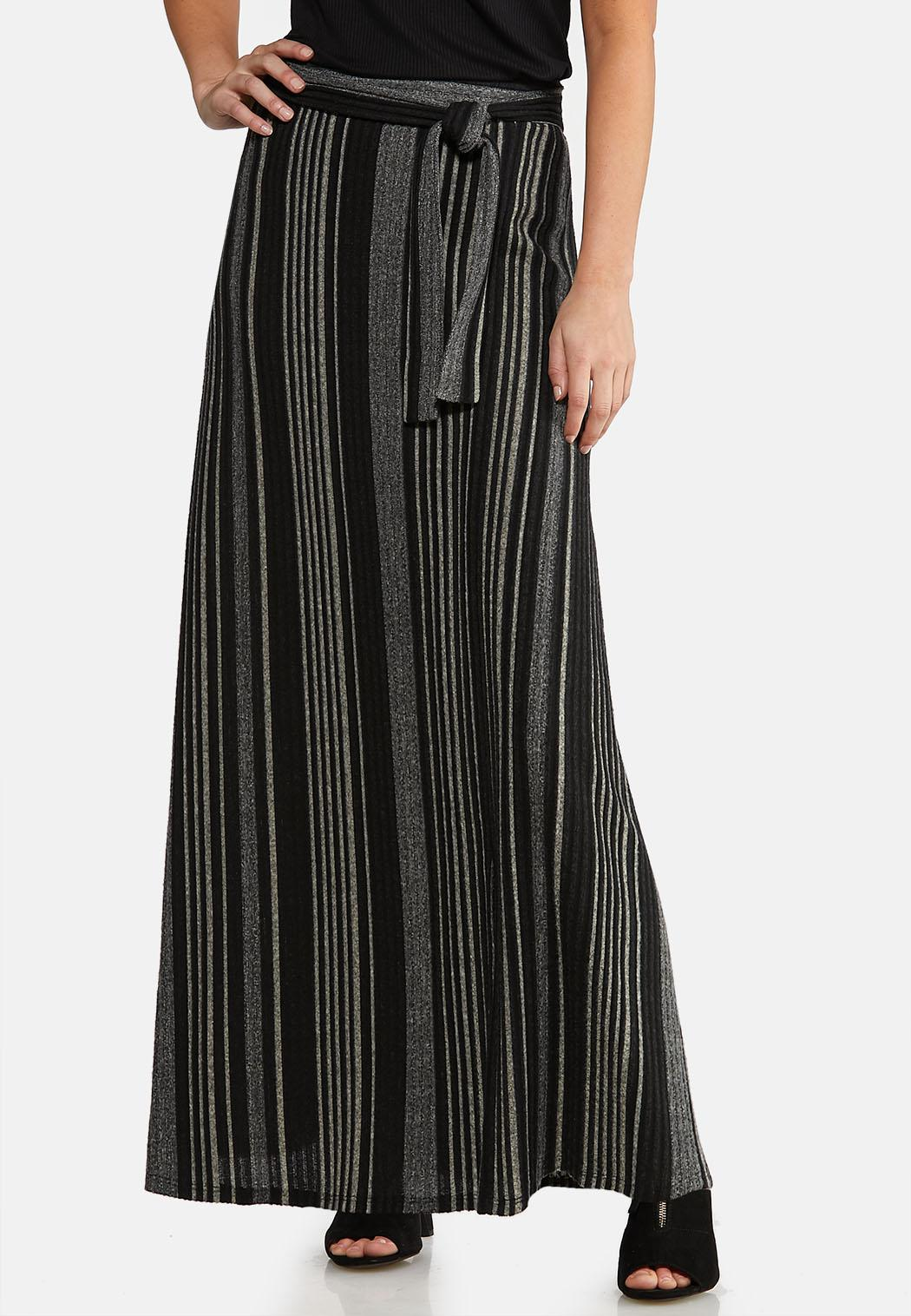 Plus Size Ribbed Knit Maxi Skirt
