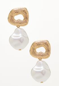 Textured Gold Pearl Earrings