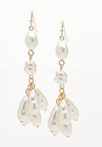 Shaky Pearl Linear Earrings