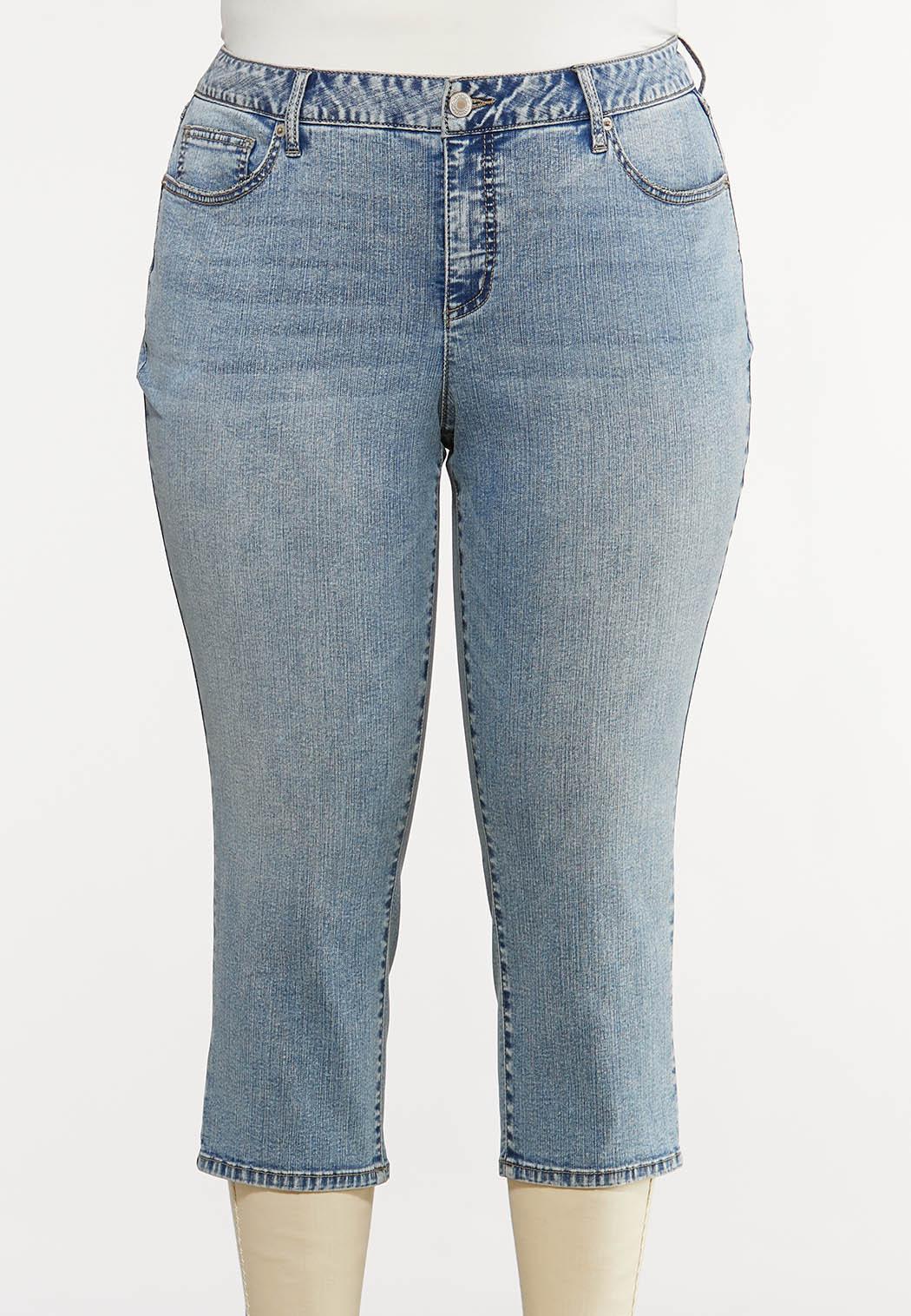 Plus Size Acid Wash Cropped Jeans
