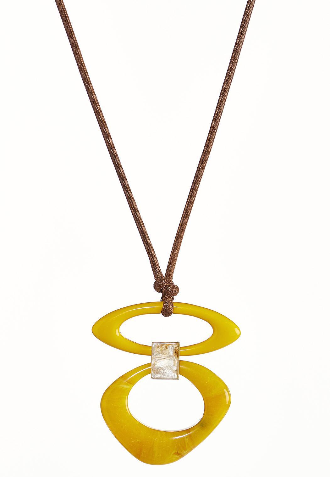 Oversized Resin Pendant Necklace