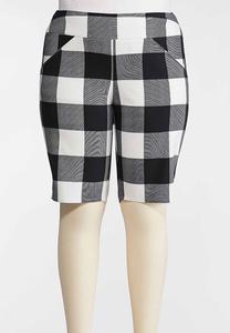 Plus Size Checkered Bermuda Shorts
