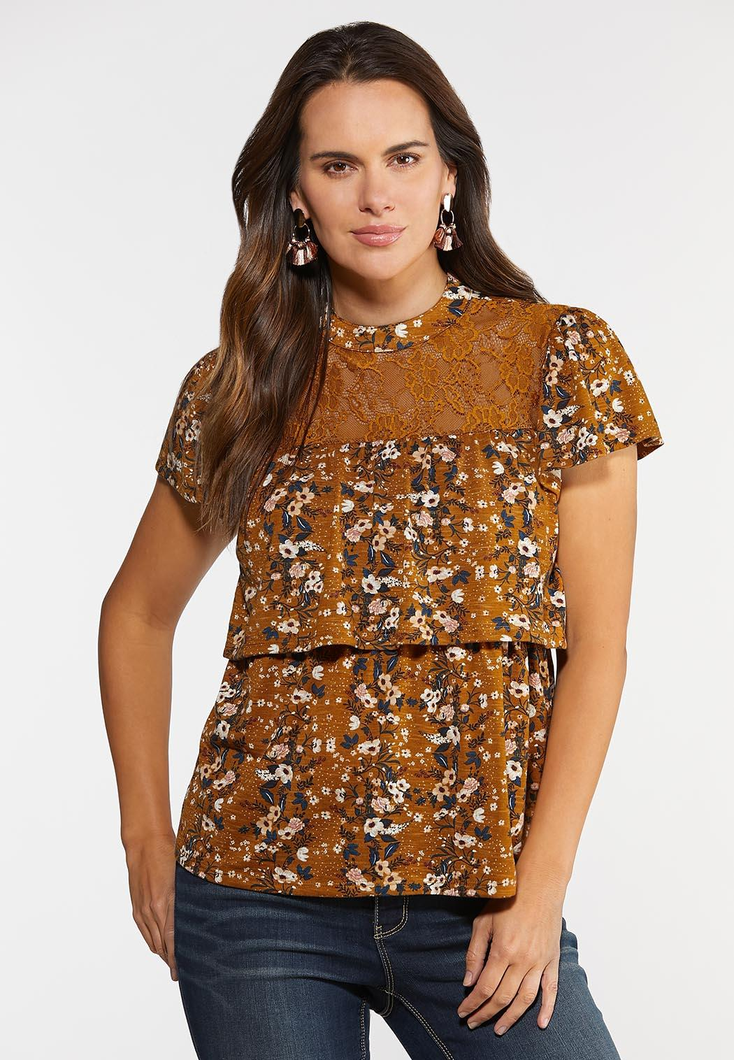 Plus Size Tiered Lace Floral Top