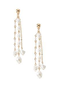 Pretty Pearl Earrings