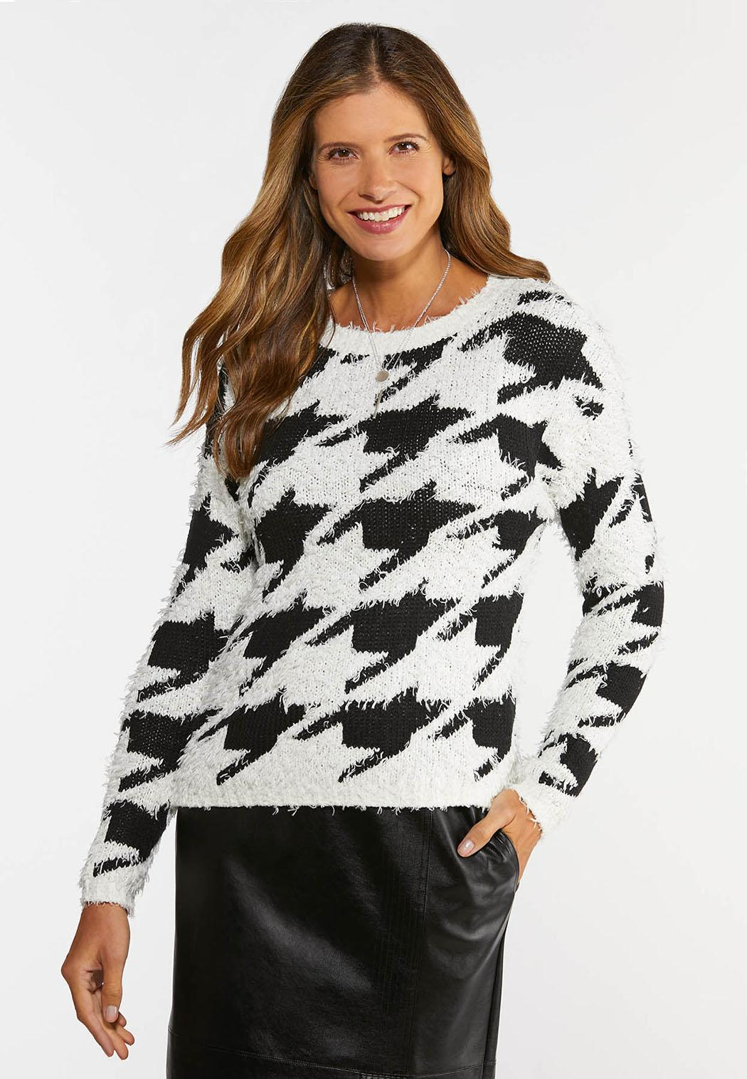 Plus Size Houndstooth Sweater