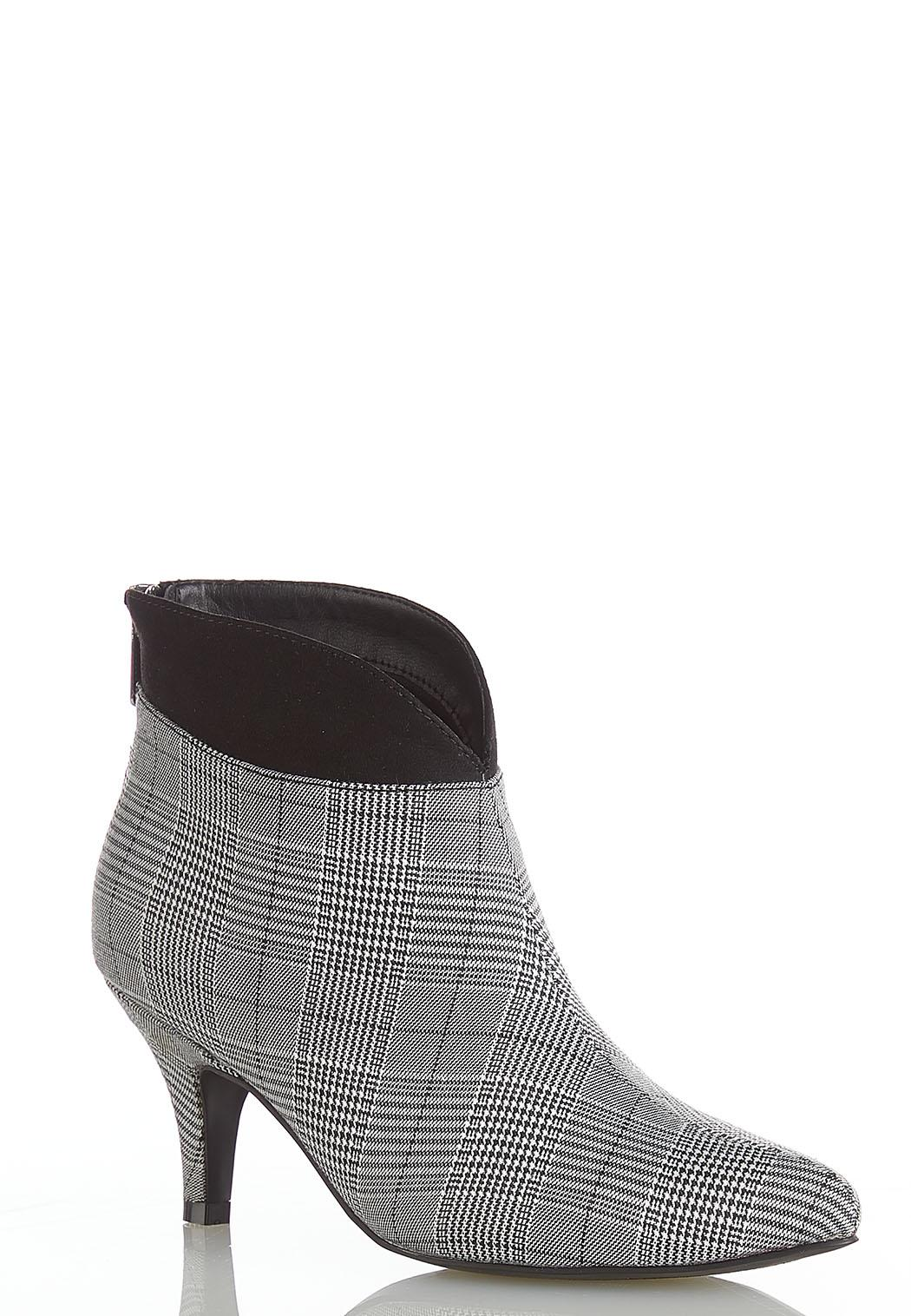 Wide Width Plaid Heeled Ankle Boots