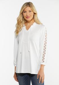 Plus Size Zig Zag Cutout Sleeve Top