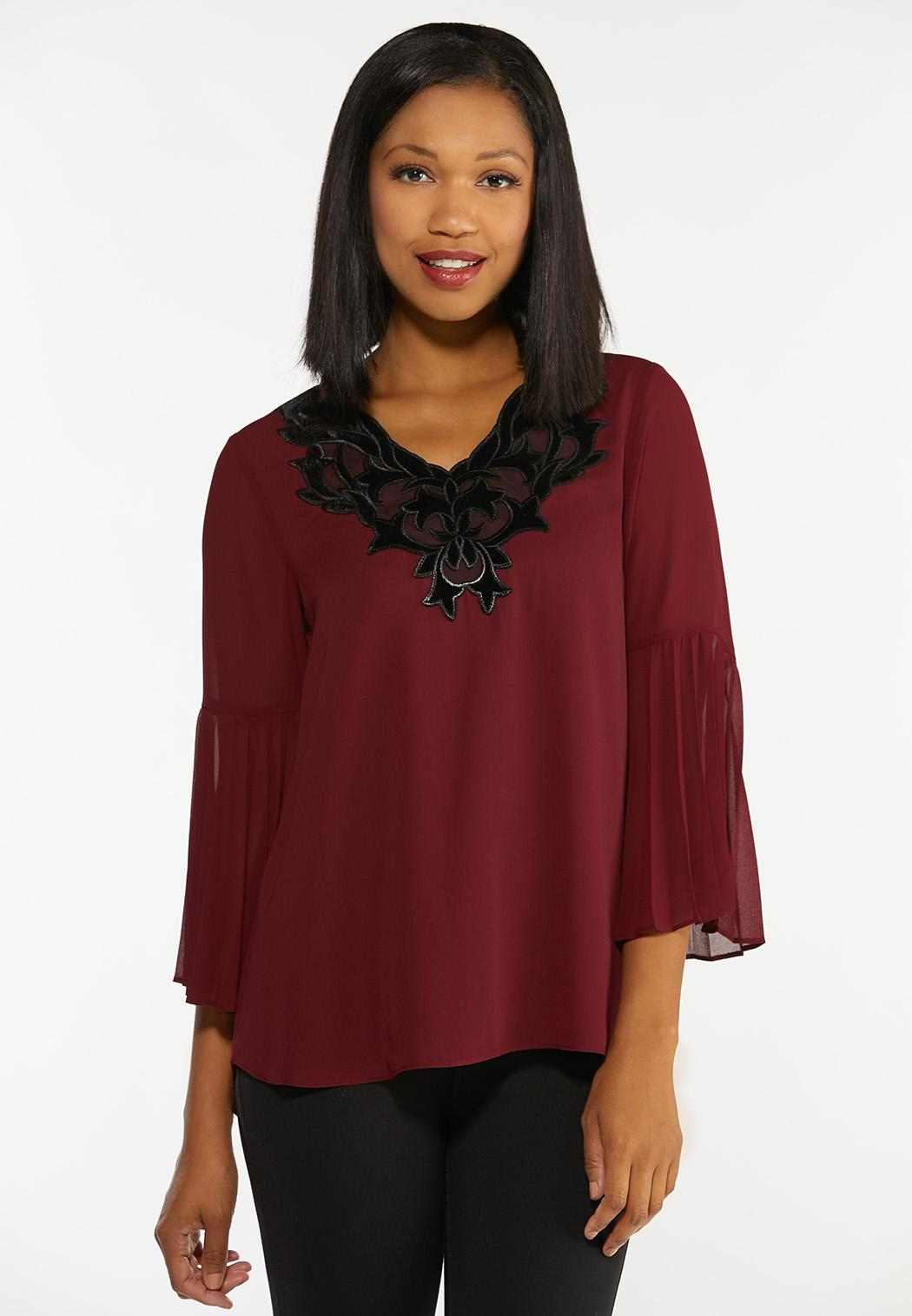 Plus Size Velvet Trim Top