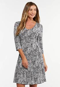 Plus Size Seamed Paisley Puff Print Dress
