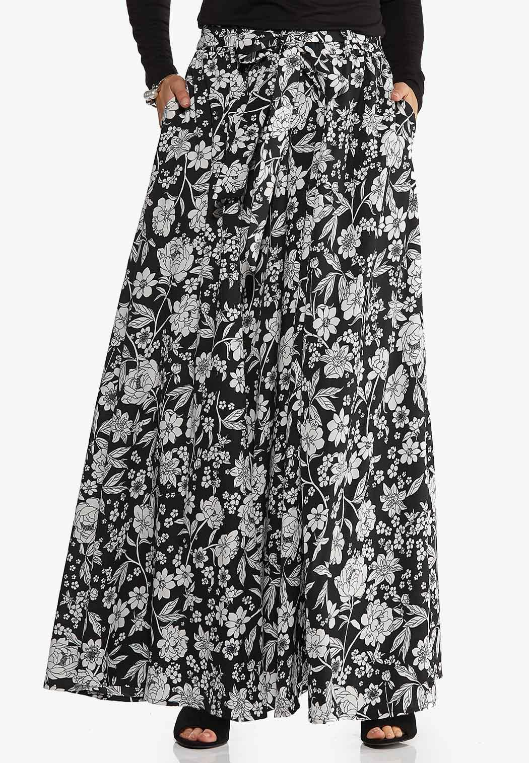 Plus Size Sweeping Floral Maxi Skirt