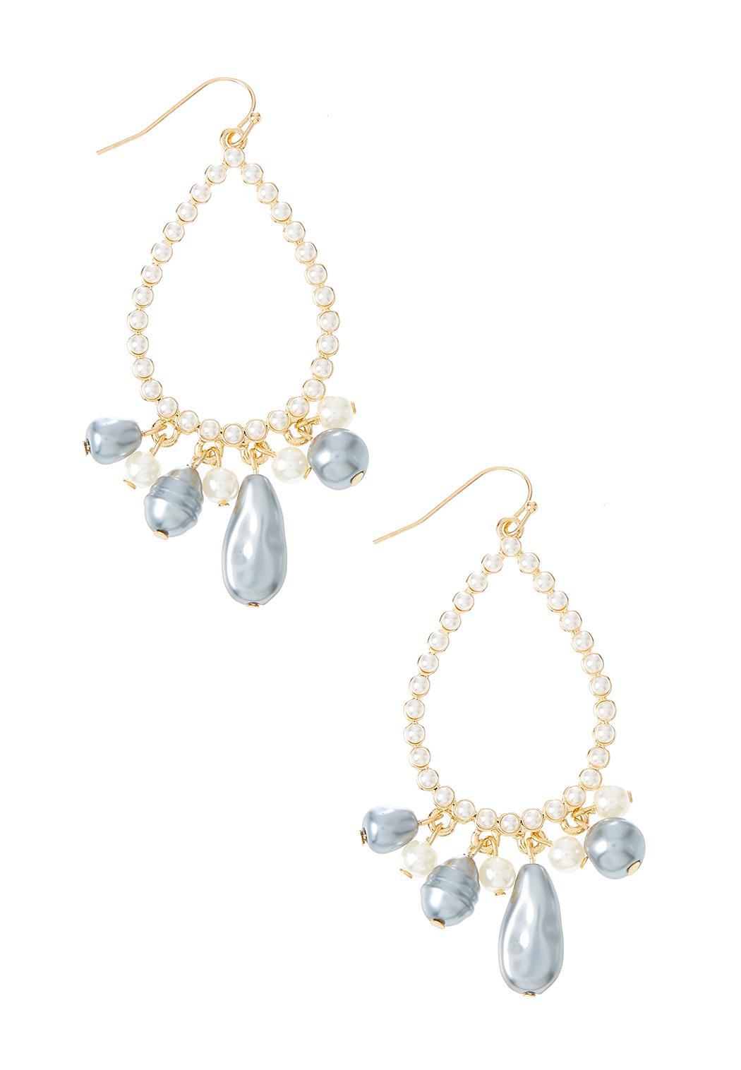 Shaky Freshwater Pearl Earrings