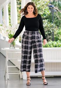 Plus Size Cropped Plaid Pants
