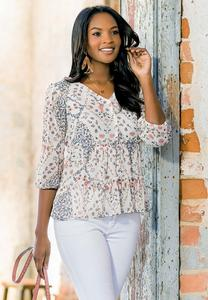 Plus Size Rose Garden Poet Top