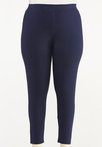 Plus Size Essential Cropped Leggings